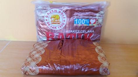 Pusat grosir jas hujan batik